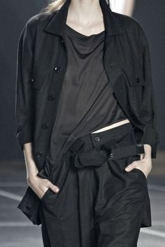 All black outfit with loose layering; runway fashion details // Y-3 Spring 2012