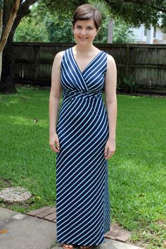 We love a good maxi dress! Lauren, guest writer on Beauty on a Beer Budget, is looking lovely in an item from her last fix.