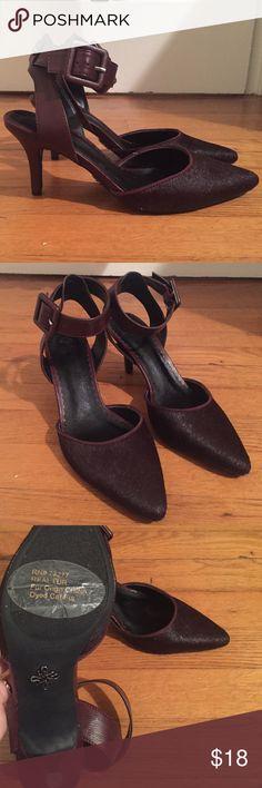 ✨SALE✨ • VERA WANG • fur heels Gently worn Simply Vera Vera Wang eggplant colored heels with real fur. Size 7.5. Simply Vera Vera Wang Shoes Heels