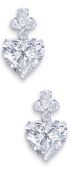 "Jewelry Diamond : Image Description The Graff ""Sweetheart"" Earrings are set with two perfectly matching heart-shaped diamonds, each of which exceeds 50 carats (that's right – FIFTY carats each! Heart Jewelry, Diamond Jewelry, Jewelry Box, Jewelry Accessories, Fine Jewelry, Jewelry Design, Dainty Jewelry, Graff Jewelry, Silver Jewelry"