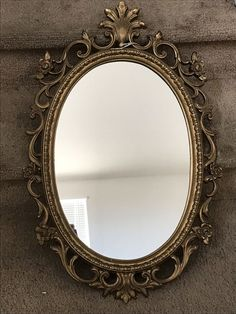 Vintage mirror for Sale in Lathrop, CA - OfferUp Cool Instagram, Instagram Frame, Brown Aesthetic, Aesthetic Vintage, Light And Shadow Photography, Vintage Gold Mirror, Framed Tattoo, Blur Photo Background, Mirrors For Sale