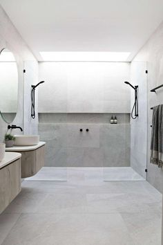 Teal Ave Duplex by Luxbuilt « HomeAdoreYou can find Modern bathroom design and more on our website.Teal Ave Duplex by Luxbuilt « HomeAdore Bathroom Layout, Modern Bathroom Design, Bathroom Interior Design, Small Bathroom, Bathroom Ideas, Bathroom Organization, Minimal Bathroom, Marble Bathrooms, Modern Bathrooms