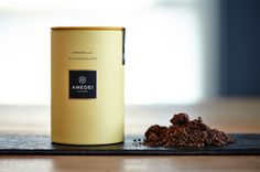 Amedei flaked chocolate: ideal for a cup of hot chocolate. #AmedeiTuscany #chocolate