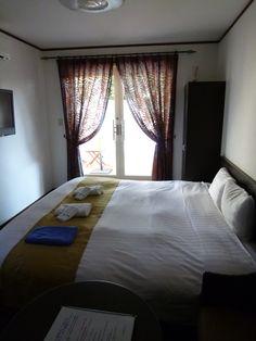 """Camera di """"La Belle Equipe"""" (Hotel), Izukogen, Izu Shizuoka Japan (Novembre)"""