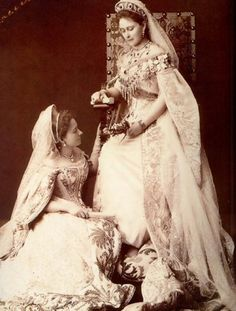 Grand Duchess Elizabeth and one of her ladies in waiting.