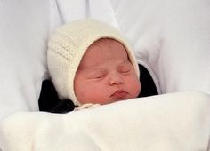 The Duke and Duchess of Cambridge have named their daughter Charlotte Elizabeth Diana. The baby will be known as Her Royal Highness Princess Charlotte of Cambridge. Royal Princess, Prince And Princess, Little Princess, Princess Birth, Princess Pics, Prince Harry, Prince William Et Kate, Kate Middleton Prince William, Prince Charles