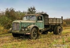 Dump Trucks, New Trucks, Vintage Cars, Antique Cars, Rusty Cars, Czech Republic, Buses, Cars And Motorcycles, Trains
