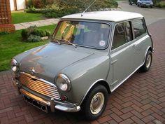 1964 Mini Cooper - this ones for Jay :) Mini Cooper Custom, Mini Cooper S, Cooper Car, Born To Die, Mini Cooper Clasico, Classic Mini, Classic Cars, Jaguar, Garage Workshop Plans