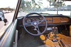 Spyder interior Fiat Spider, Beautiful Curves, Tango, Automobile, Wheels, Cars, Classic, Interior, Car