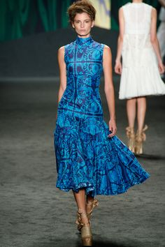Vera Wang Spring 2013 RTW - Review - Collections - Vogue