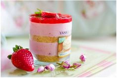 Strawberry-Caramel Layered Mousse Cake | The Vegan WomanThe Vegan Woman