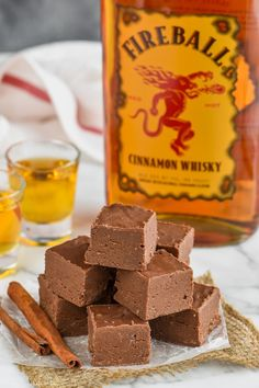 This easy Fireball Fudge Recipe is the perfect recipe to make for the holidays or anytime!  An easy fudge recipe made with condensed milk and a few other ingredients that is perfect for the cinnamon whiskey lover in your life! Fireball Fudge, Fireball Recipes, Alcohol Recipes, Drinks Alcohol, Fireball Cocktails, Whiskey Recipes, Alcohol Candy, Liquor Drinks, Beverages