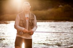Make Sure Your Fishing Trip Is A Success With These Handy Tips! Fishing with your little ones can create some wonderful lasting memories; Male Senior Pictures, Guy Pictures, Senior Photos, Senior Portraits, Senior Boy Poses, Senior Guys, Senior Session, Senior Year, Senior Boy Photography
