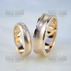 Обручальные матированные кольца из красного золота с бриллиантами (Вес пары   13 гр.) 07194923b2c