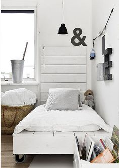 ♥ cool rustic platform bed on casters-minus the headboard
