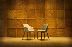 Cadeira Garne by Mittisa Seus pés de madeira que sobressaem o assento fazem com que esta elegante cadeira seja destaque em qualquer ambiente