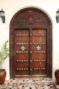 Stonetown, Zanzibar - Zanzibar Door (Indian Style)