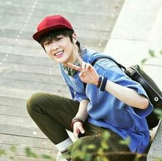I just love this photo of Sanha so much ~~~~❤❤❤