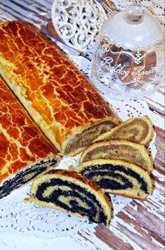 Short, delicious bejgli simply (also in mug) Rupáner kitchen Hungarian Desserts, Hungarian Recipes, Sweet Pastries, World Recipes, Foods To Eat, Homemade Cakes, Christmas Baking, Food Photo, Sweet Recipes