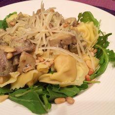 Tortellini met champignons en pesto-roomsaus @ allrecipes.nl
