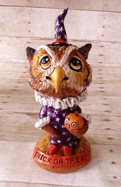 Halloween Owl statue.