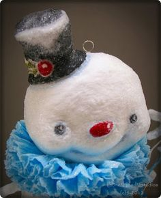 Spun cotton snowman - Delightful! <> (snowfolk, snow people, winter, Christmas, decor)