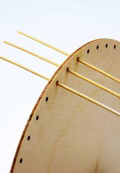 Korbflechten mit Peddigrohr leicht gemacht - Calistas Traum Paper Basket, Native American Art, Basket Weaving, Rattan, Art Projects, Diy And Crafts, Gold Necklace, Crochet, Handmade