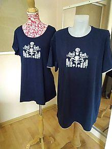 2ebec24a9f95 Maľované tričká (Pánske maľované tričko tmavomodré s bielym obrázkom)    FromMeForYou