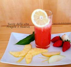 Succo della Vita Fragole e Ananas! A differenza dei succhi di verdure questo succo vince facile...provatelo, è troppo buono!!!