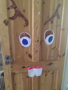 Fun Christmas Party Game!    Pin the nose on Rudolph.    Draw simple antlers on A4 paper and colour in.  Cut them out.   Draw large eyes and colour in.  Cut them out.   Draw teeth and mouth and colour in.  Cut them out.   Tape or pin to a wall or door.   Cut a big circle out of cardboard and wrap in red paper.    Normal pin the tale on the donkey rules apply.    #christmas #party #game #fun #kids #homemade #budget