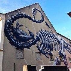 Juxtapoz Magazine - Roa @ Rise Street Art Festival