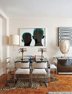 Small space..... Mixing modern with theme,decorating so not overdone.   La casa parisina de los anticuarios - ELLE.ES