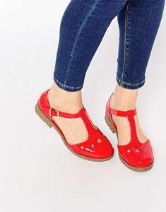 Los zapatos rojos vuelven a estar de moda: fotos de los modelos - Zapatos planos…