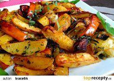 Pečená dýně s bramborami, pórkem a česnekem recept - TopRecepty.cz Kung Pao Chicken, Ratatouille, Menu, Potatoes, Cooking, Ethnic Recipes, Desserts, Food, Treats