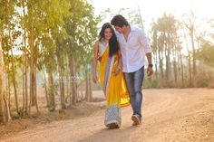 """Photo from album """"S & R"""" posted by photographer PixelStory. Romantic Couple Images, Romantic Couples, Beautiful Couple, Wedding Goals, Post Wedding, Wedding Pics, Indian Wedding Photography, Couple Photography, Beach Photography"""