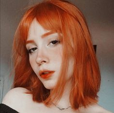 Red brows red hair and makeup in 2019 얼굴 Red Hair With Bangs, Short Red Hair, Girls With Red Hair, Short Hair Styles, Redhead Day, Copper Red Hair, Fire Hair, Pelo Natural, Gorgeous Redhead