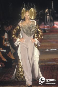 Givenchy, Autumn-Winter 1997, Couture