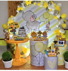 super Ideas for baby shower ideas for boys elephant theme birthday parties Baby Shower Yellow, Baby Shower Bingo, Baby Shower Parties, Baby Shower Themes, Shower Ideas, Elephant Party, Elephant Theme, Baby Elephant, Harry Potter Baby Shower