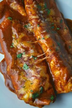 Oregon Transplant: Cheese Enchiladas with Chili Gravy Authentic Mexican Recipes, Mexican Food Recipes, Beef Recipes, Cooking Recipes, Mexican Desserts, Cooking Tips, Latin Food Recipes, Green Chili Recipes, Vegetarian