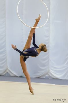 Anna Chukanova (Russia), hoop 2016