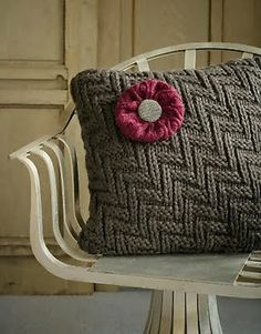 30 Creative & Cool Ways to Reuse Old Sweaters :)