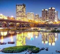 This City Shines, Richmond | Virginia (by Sky Noir)                                                                                                                                                                                      Source:                                                                           travelingcolors