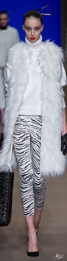 7ac070a793c Fall 2015 Ready-to-Wear Elisabetta Franchi