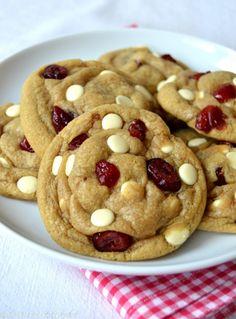 Les meilleurs cookies au chocolat blanc et aux canneberges | Del's cooking twist