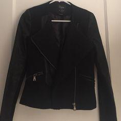 Zara Moto Jacket Black wool and faux leather 'like new' black Moto jacket from Zara. Zara Jackets & Coats Utility Jackets