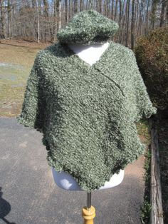 Moss Green Knit Poncho with Scalloped Border S by PoppyLesti, $68.00