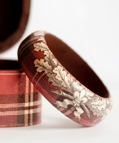 Tartan bangle with floral design...I have a napkin like this that could be decoupaged.
