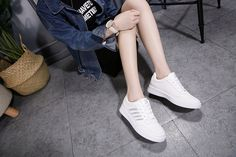 e46049151ce SOHI 1 Pairs PU Size 35-40 Comfortable Flat White Shoes Sequin Leaf Sneakers  Shoes Women black 35 1340436