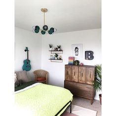 Colorful bedroom with a rainbow rug, mural painting, and midcentury modern inspired chandelier by Sazerac Stitches. Green Home Decor, French Home Decor, Cute Home Decor, Retro Home Decor, Easy Home Decor, Cheap Home Decor, Indian Home Interior, Minimalist Home Interior, Indian Home Decor