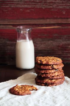 Rum Raisin Oatmeal Cookies (more than a tablespoon of rum)